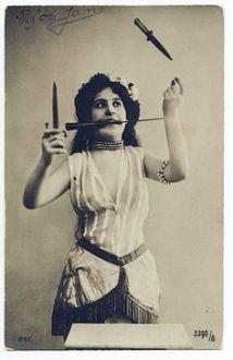 juggling knives